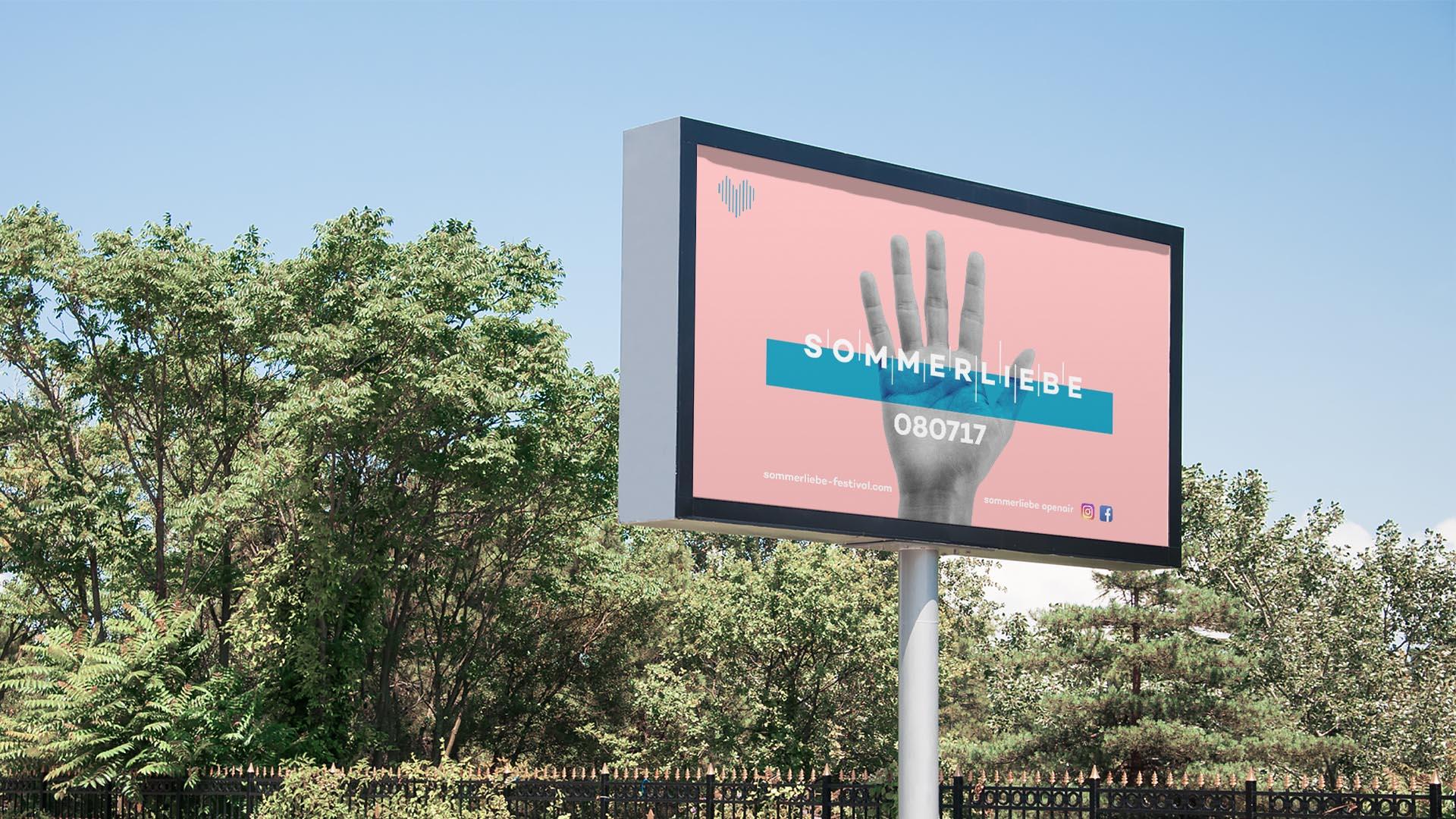 Mockup eines digitalen Werbebanners mit dem Logo von dem Festival Sommerliebe.