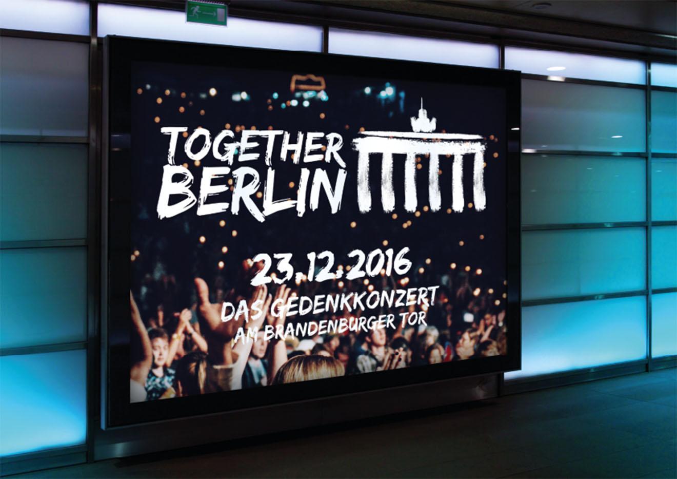 Digitales Plakat für das Togehter Berlin Gedenkkonzert am Brandenburger Tor.